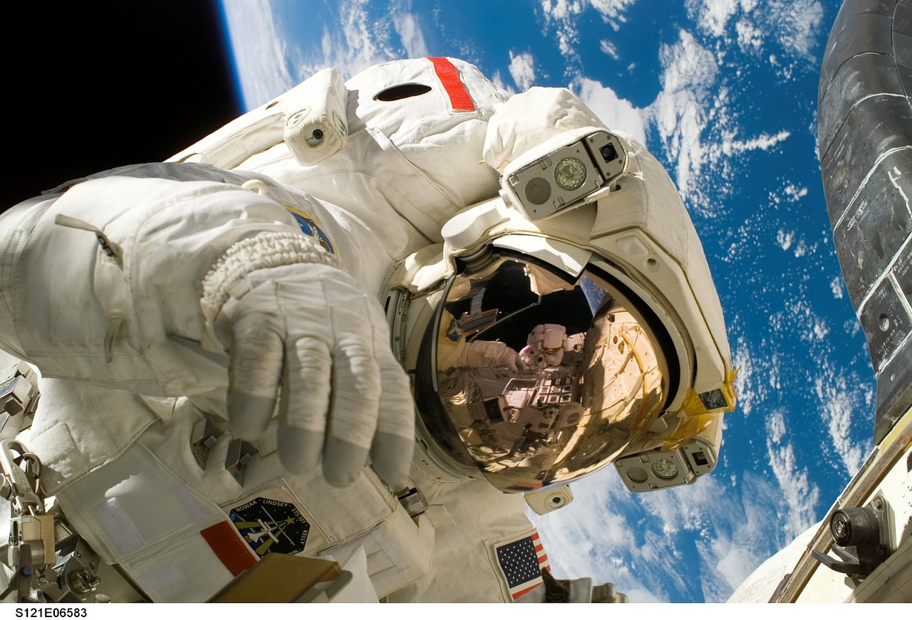 Tuesday, June 25 at 7:00 pm: Living and Working in Space